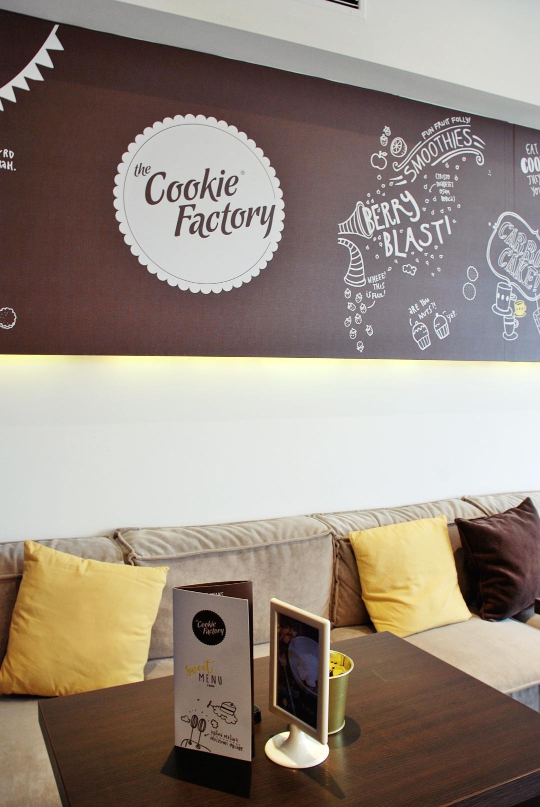 veliki crni cookie