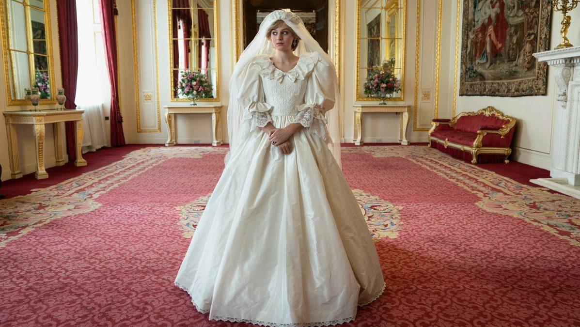 Emma Corrin kao princeza Diana u četvrtoj sezoni britanske serije The Crown.